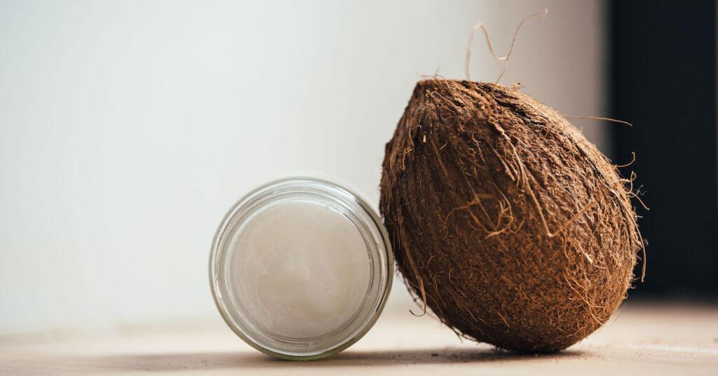 Är kokosolja en modefluga? Vilka fettsyror består kokosolja av?